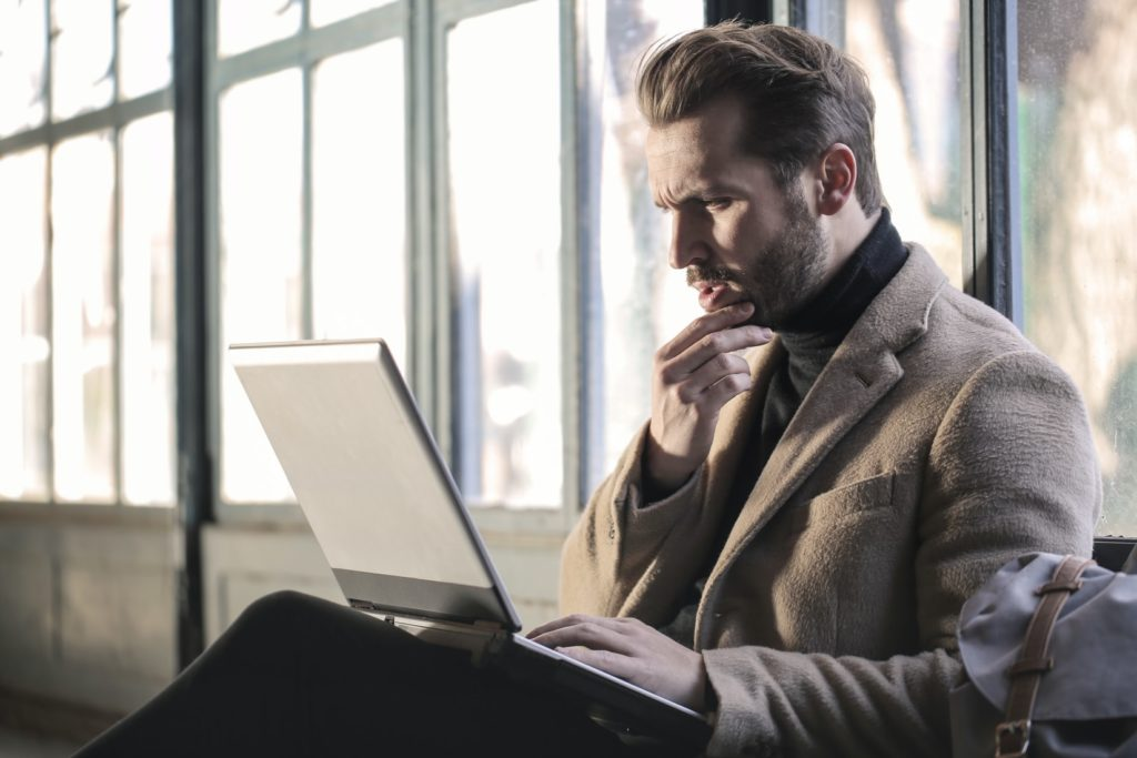 明治大学情報局 明治大学 明大生 オンライン授業 オンライン授業あるある